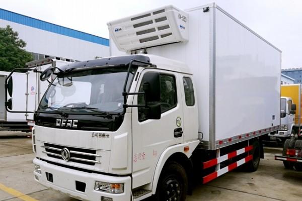 (厢长4.8米)东风多利卡冷藏车