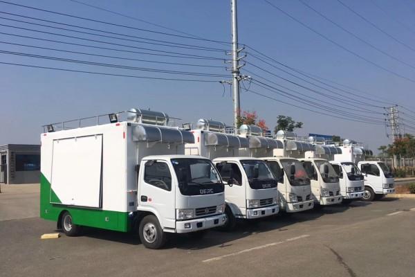 (厢长4.2米)东风D6 餐车